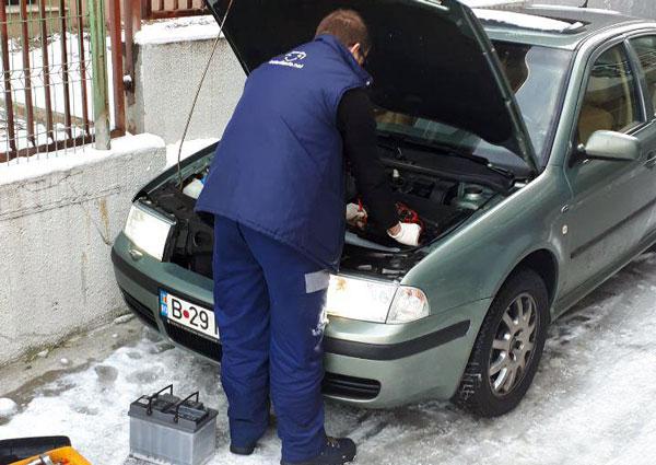 Montaj de baterii auto la domiciliu